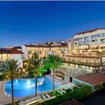Çeşme Pırıl Otel'de Çift Kişilik Yarım Pansiyon Konaklama Seçenekleri